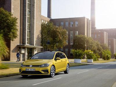Volkswagen Golf  7 estrena paquete R-Line, por si querías algo más de exclusividad