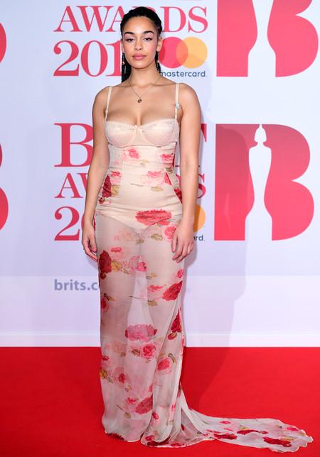 alfombra roja brit awards 2018 Jorja Smith