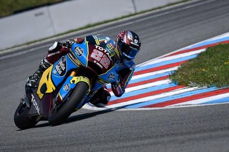 Sam Lowes gobierna la categoría de Moto2 en Austria tras un bonito duelo con Jorge Martín