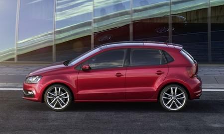 Volkswagen Polo 2014 rojo lateral