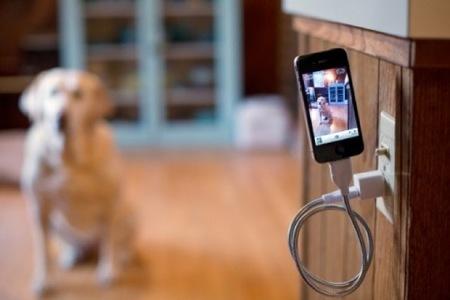 Un toque de magia en casa con el iPhone flotante