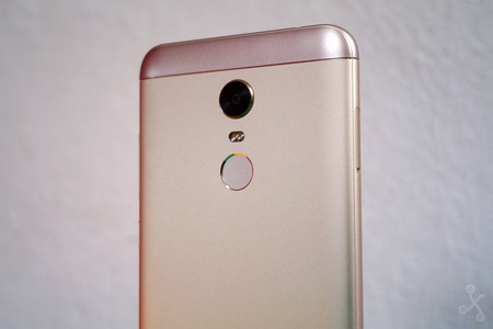 Redmi 5 Plus Review 9