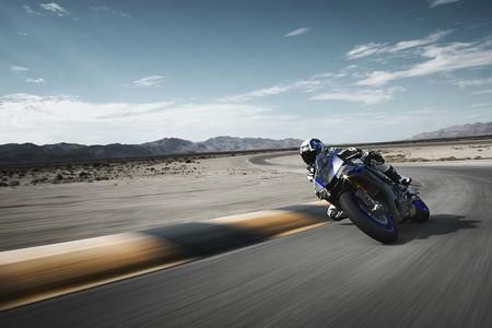 Yamaha Yzf R1m 2018 017