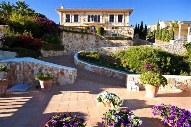 Casa de lujo de espa a una impresionante villa en mallorca for Villas de lujo en madrid