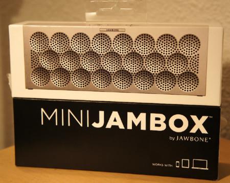 Así es la caja del MINI Jambox