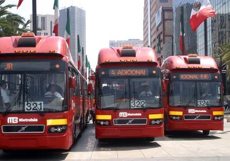 88 minutos es el tiempo promedio que una persona viaja en transporte público en Ciudad de México