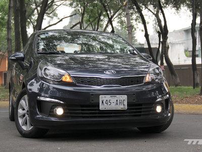 Probamos el KIA Rio Sedan, ¿de verdad es la octava maravilla?