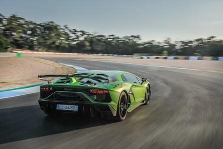 Lamborghini Aventador 10000 4