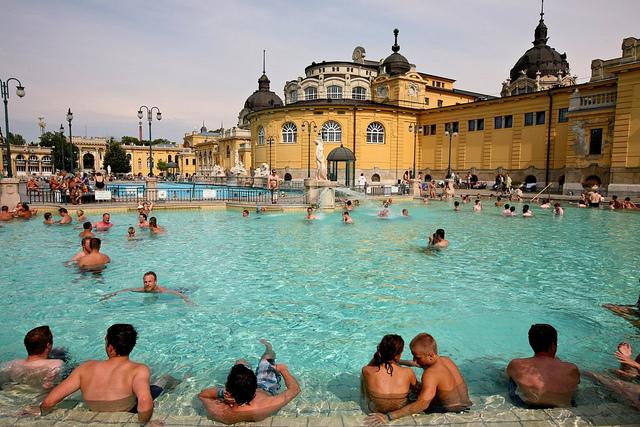 Consejos Para Visitar Un Balneario En Budapest
