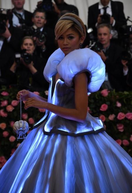 Gala MET 2019: Zendaya se viste de Cenicienta moderna