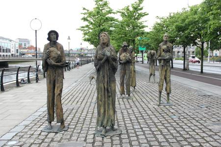 Famine, las huellas de la hambruna en unas esculturas sobrecogedoras en Dublín