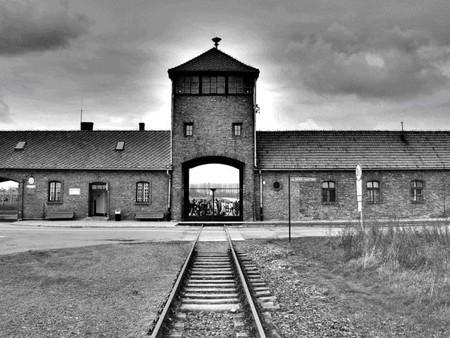 Los 7 enanitos que sobrevivieron al campo de concentración nazi (y II)