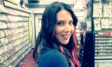 """""""La chica de la tienda de videojuegos"""", la canción del verano para los jugones"""