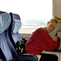 Ésta es la almohada perfecta para los más viajeros