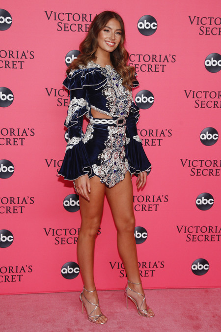 Lorena Rae victoria secret red carpet
