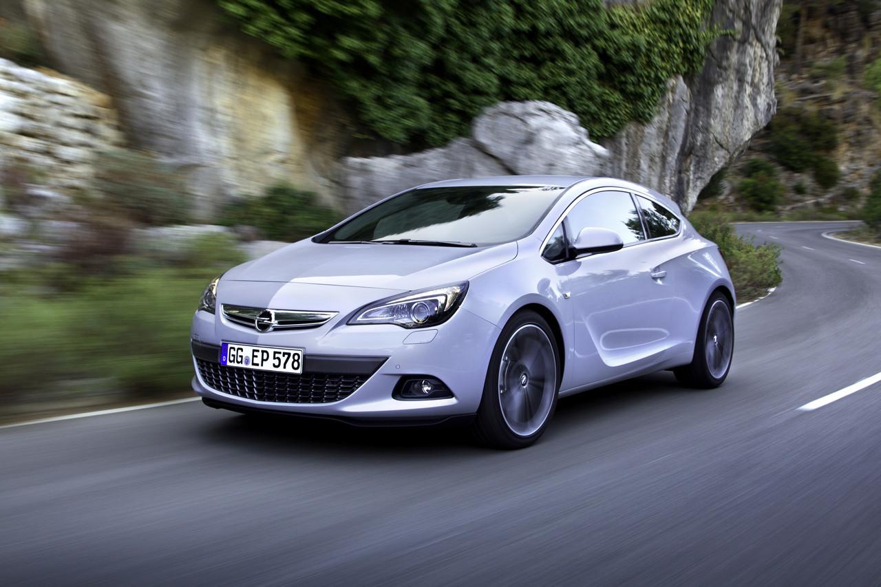 Foto de Opel Astra GTC (42/90)