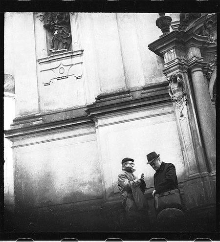 Curiosas fotos callejeras del servicio secreto checo en los años 70 y 80