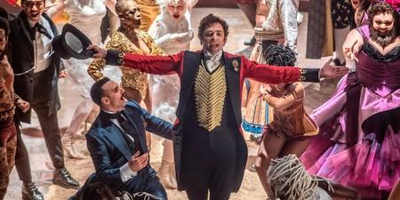 Hugh Jackman crea el mayor espectáculo del mundo en el tráiler de 'El gran showman'