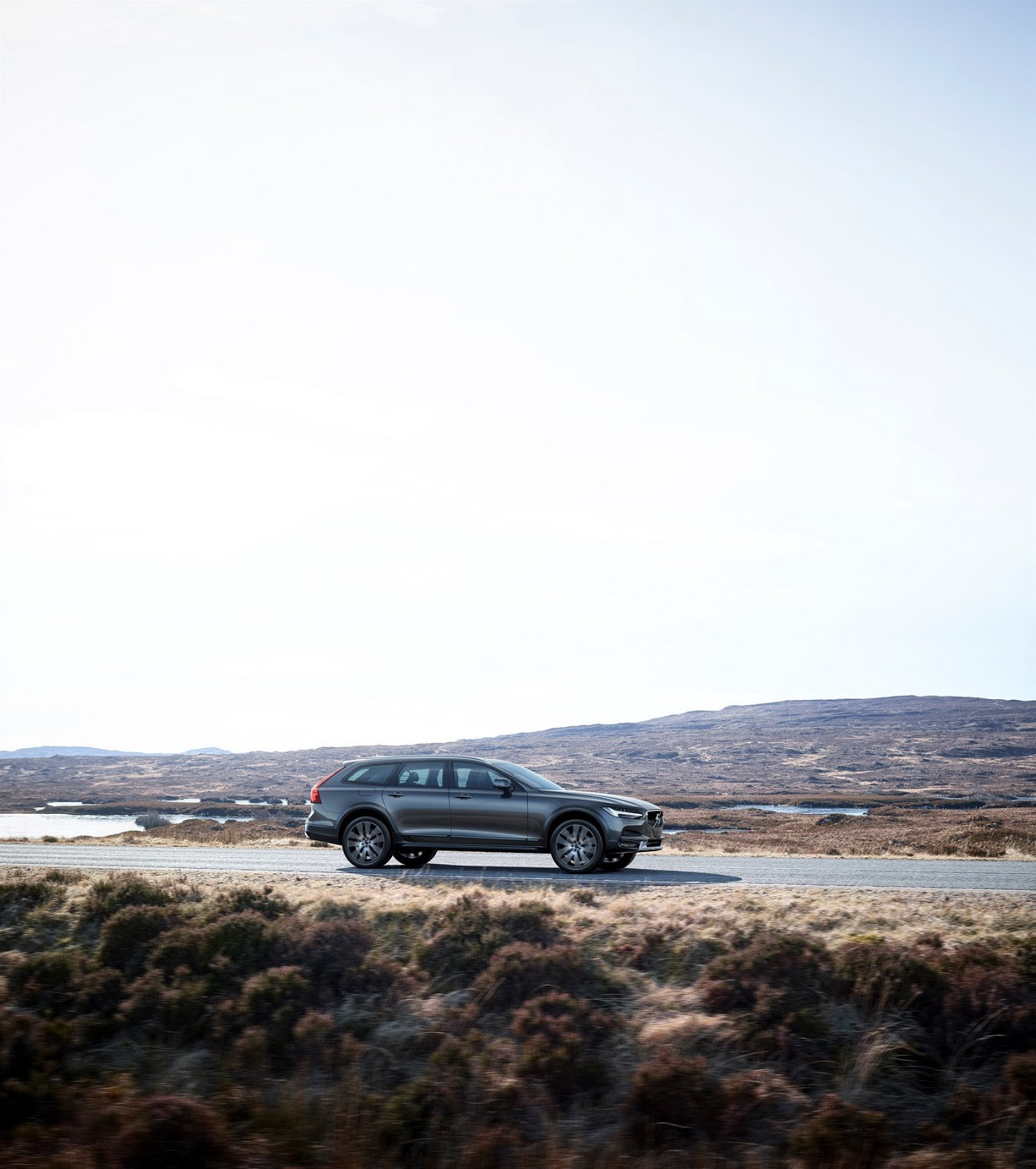 Foto de Volvo V90 Cross Country (2/24)
