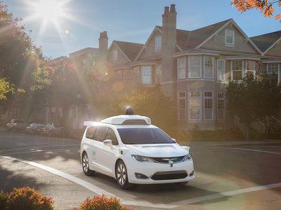 """Apple amplía su flota de coches autónomos a 27 y """"acelera"""" su esfuerzo para alcanzar a la competencia"""