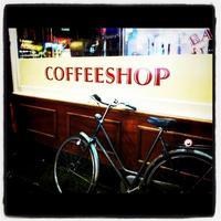 Cómo era visitar un coffee shop en Amsterdam