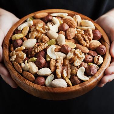 Los frutos secos en la alimentación infantil: cómo y cuándo ofrecerlos