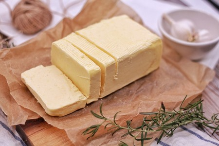 Técnicas de cocina. Cómo ablandar o atemperar la mantequilla rápidamente