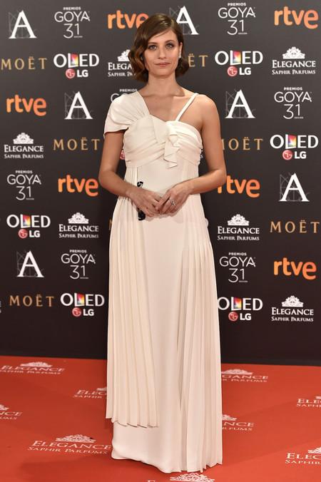 Michelle Jenner Dior Alta Costura Goya 2017