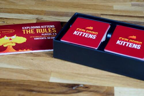 El juego de cartas más loco es el Exploding Kittens y está rebajado en Amazon con este cupón de descuento