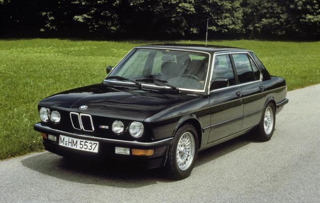 BMW M5 de primera generación