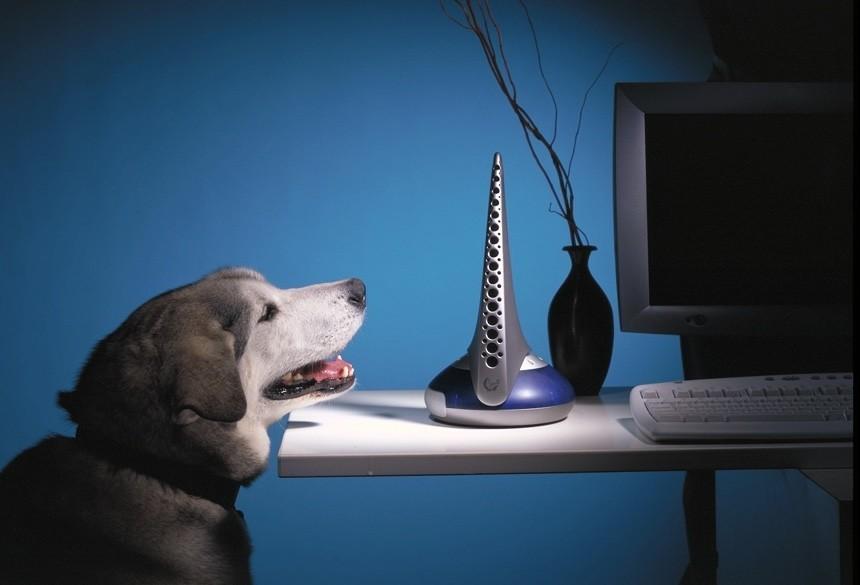El aparato que prometió llevar el olor a Internet (y fracasó estrepitosamente en el intento)