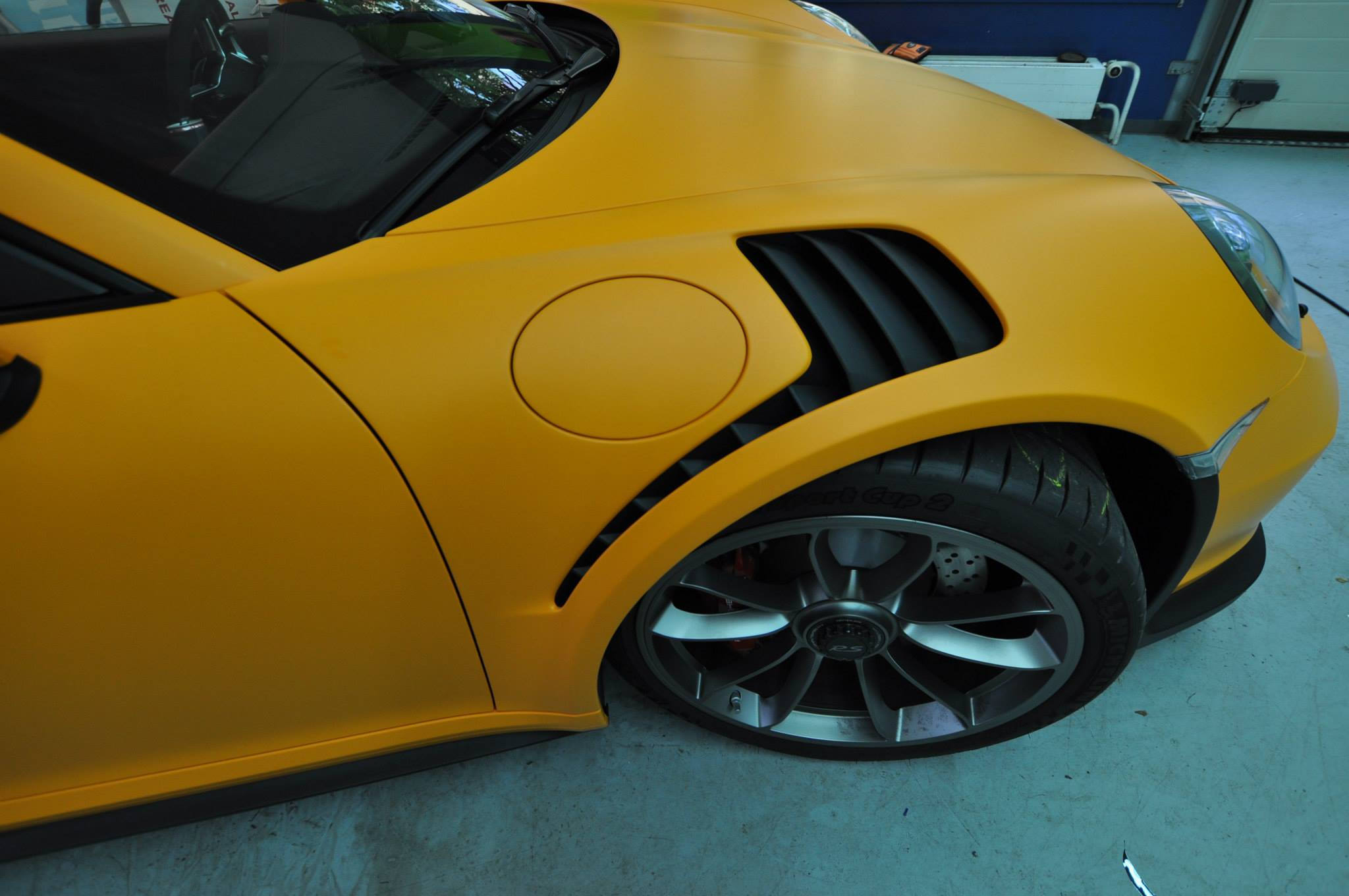 Foto de Porsche 911 GT3 RS naranja mate (9/12)