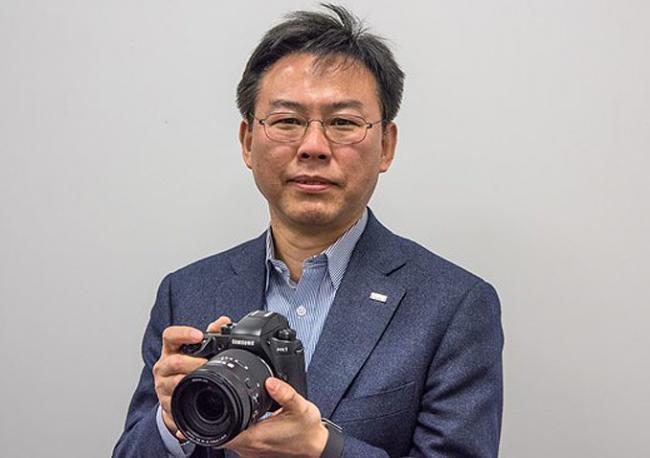En Samsung también lo tienen claro: las sin espejo superarán a las DSLR en tres años