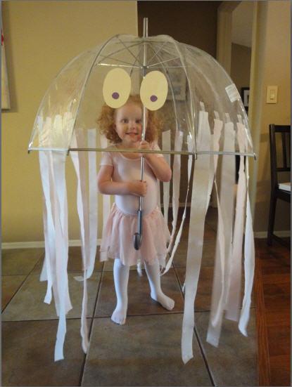 Disfraza a tu hijo de medusa para Carnaval