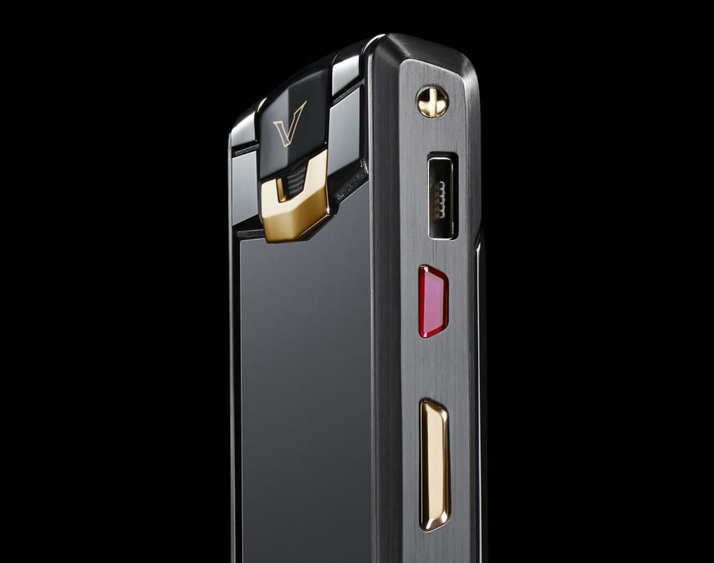 Foto de Vertu Signature Touch Pure Jet Red Gold (4/6)