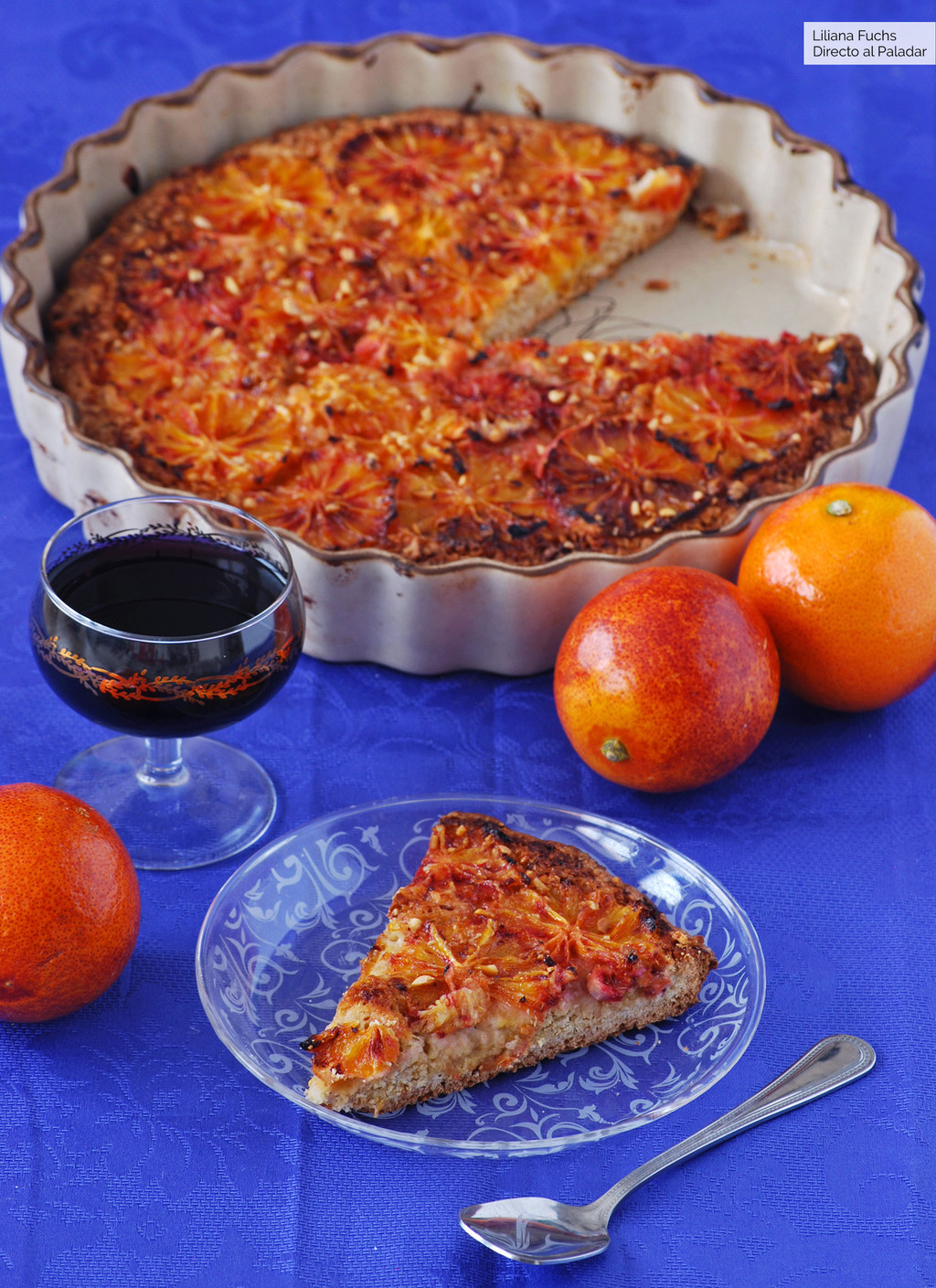 Receta de tarta fina de naranja sanguina y avellana, un postre para amantes de los cítricos