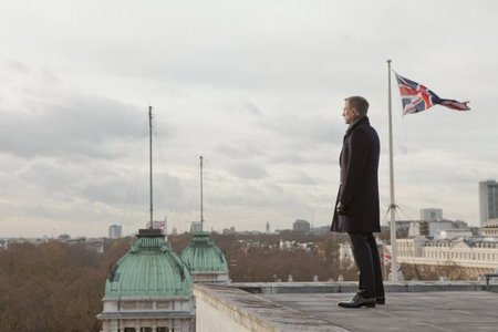 Daniel Craig como James Bond en Skyfall