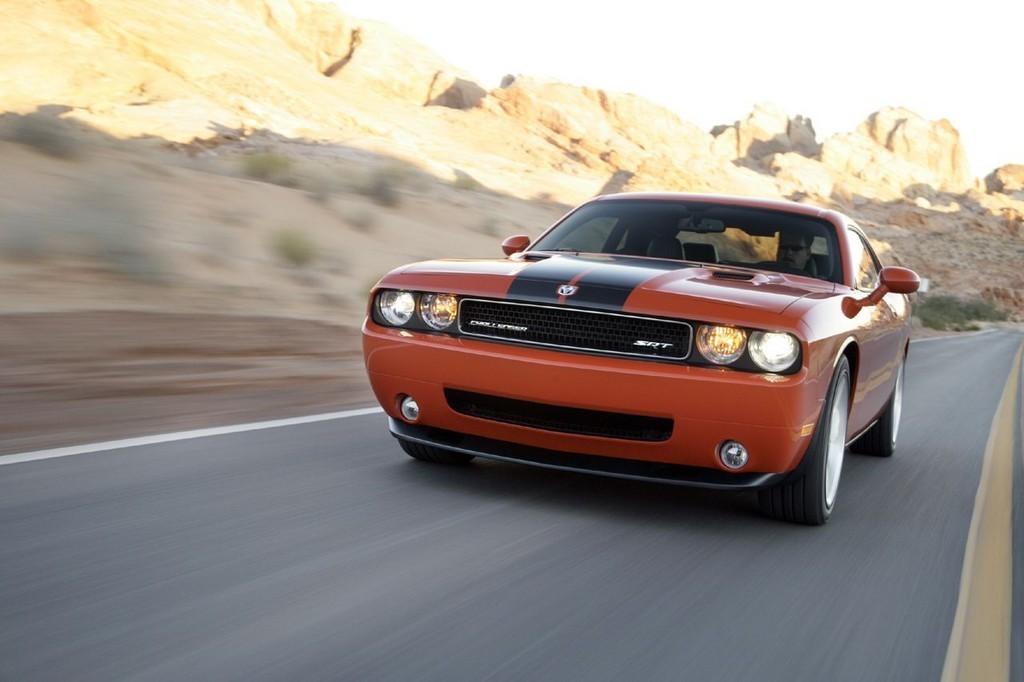 Foto de Dodge Challenger SRT8 (28/103)