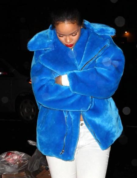 Rihanna o el monstruo de las galletas, ¿quién lo lleva mejor?