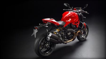 Motorpasión a dos ruedas: Ducati Monster 1200R y Jonathan Rea Campeón del Mundo de SBK