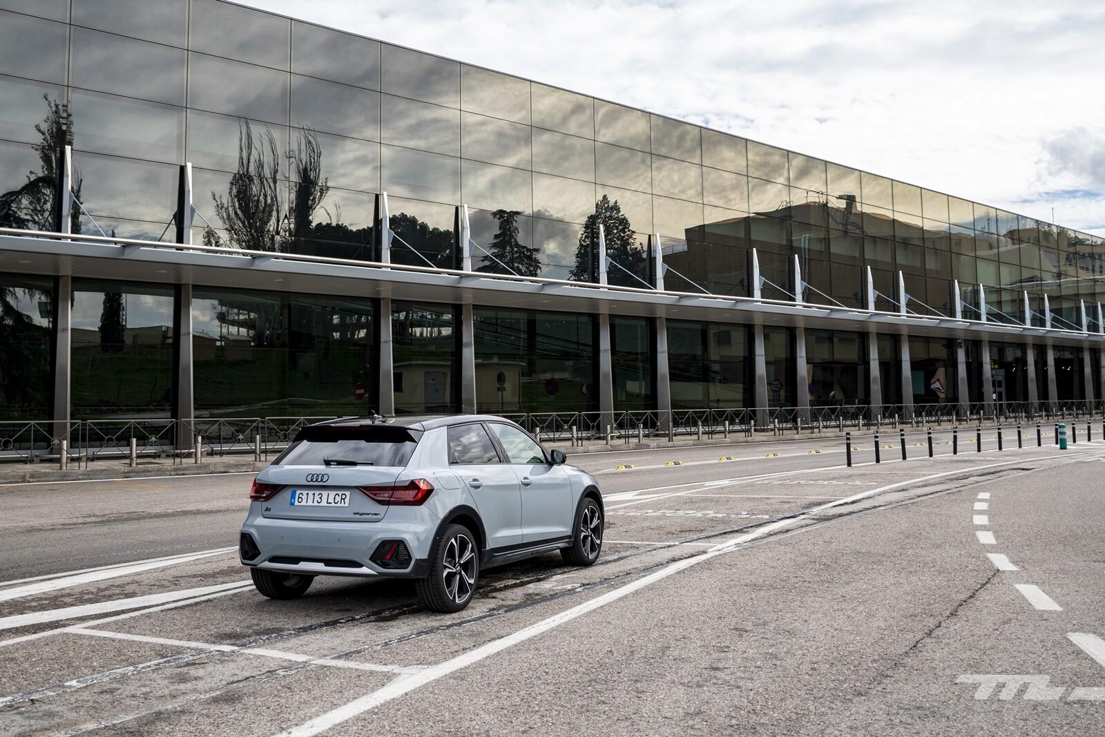 Foto de Audi A1 Citycarver 2020 prueba (22/39)