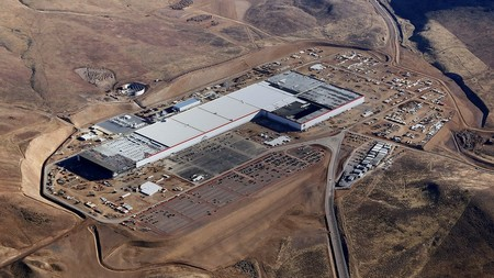 Tesla Fabrica Nevada