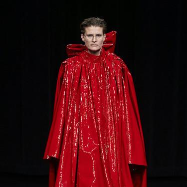 Demna Gvasalia sigue siendo fiel a su estilo y así lo demuestra en la colección Otoño-Invierno 2019/2020 de Balenciaga