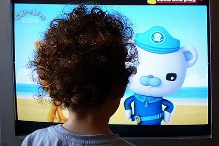 Los niños europeos ven más televisión que nunca