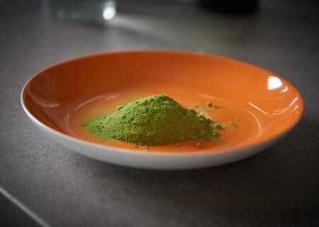 ¿Qué es la moringa y cómo podemos utilizarla en la cocina?
