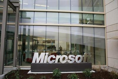 Microsoft digiere la compra de Nokia a base de reducir sus beneficios