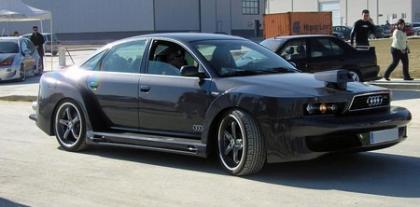 """Audi A6 edición """"le caigo mal a mi dueño"""""""