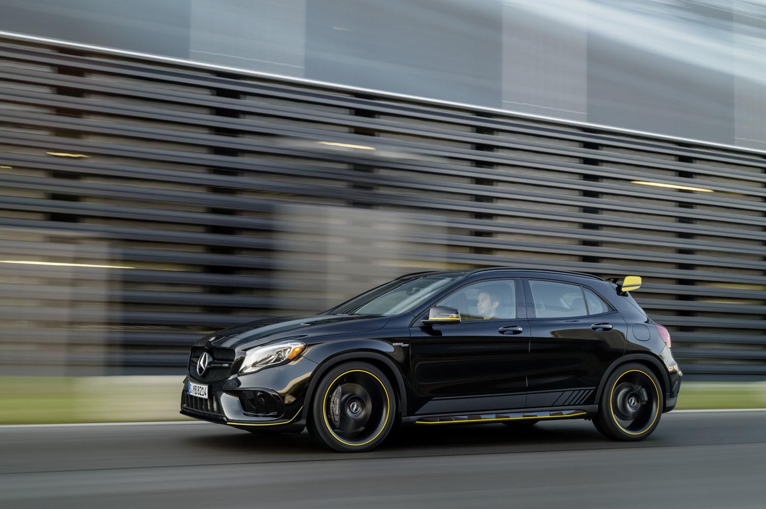 Foto de Mercedes-AMG GLA 45 2017 (41/43)