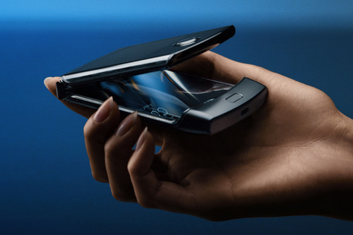 Motorola razr: pantalla plegable y diseño de tipo concha para la reinvención del mítico RAZR V3