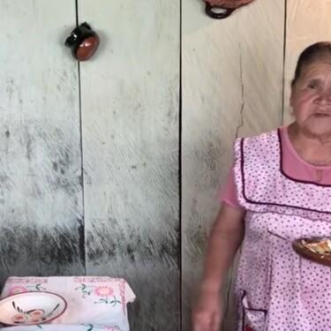 """Corundas michoacanas: Doña Ángela """"De mi rancho a tu cocina"""" y su receta experta y fácil de este clásico de la cocina tradicional de México"""